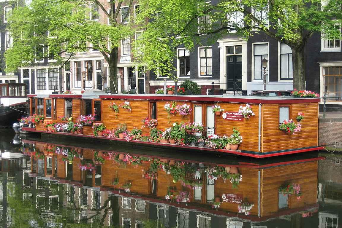 Asuntoveneet ja upeat rakennusten ulkoseinämät ovat valokuvauksellisesti upeita kohteita.
