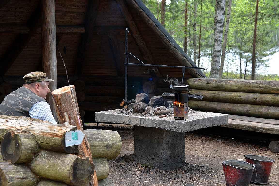 Harjujärven puolikota, Leivonmäen kansallispuisto