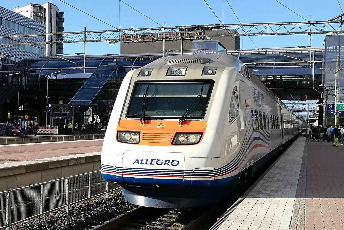 Allegrolla pääsee nopeasti Pietariin.