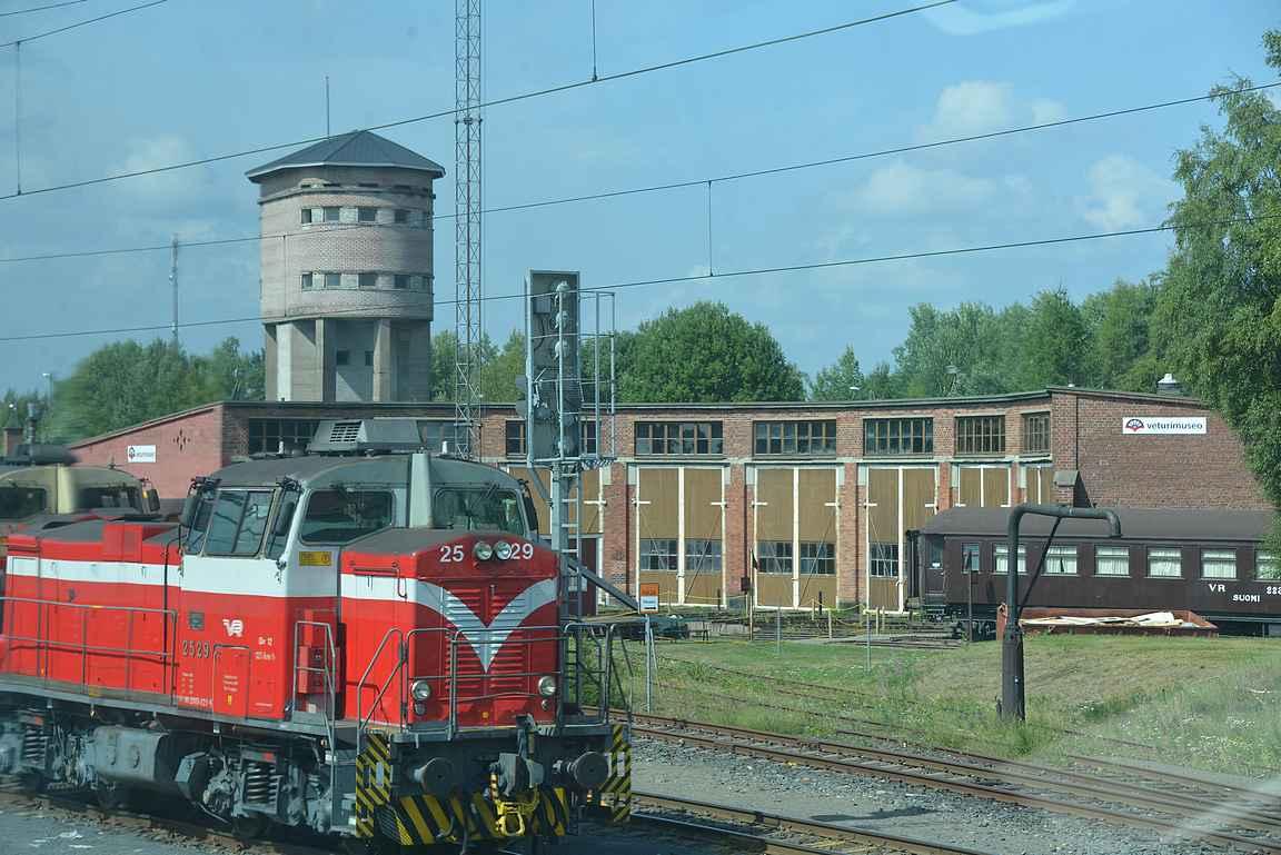 Toijalan Veturimuseo sijaitsee juna-aseman vieressä.