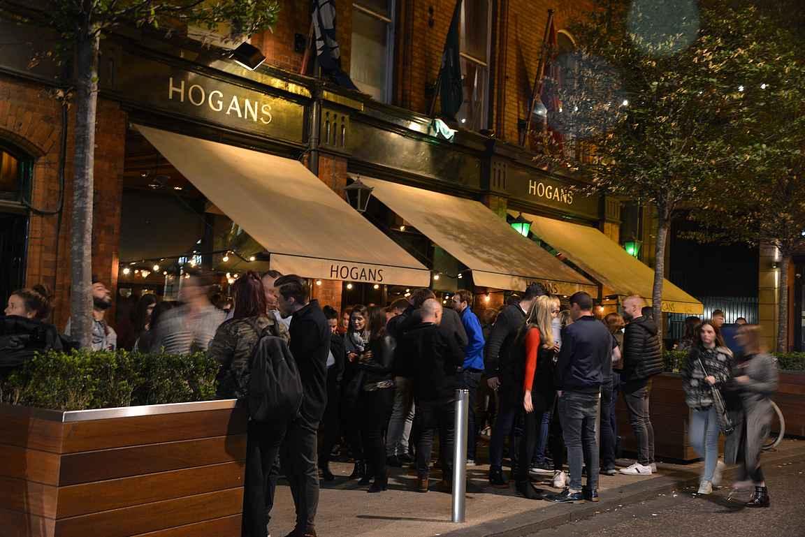 Hogan's on viikonloppuisin kaupungin suosituimpia juottoloita.