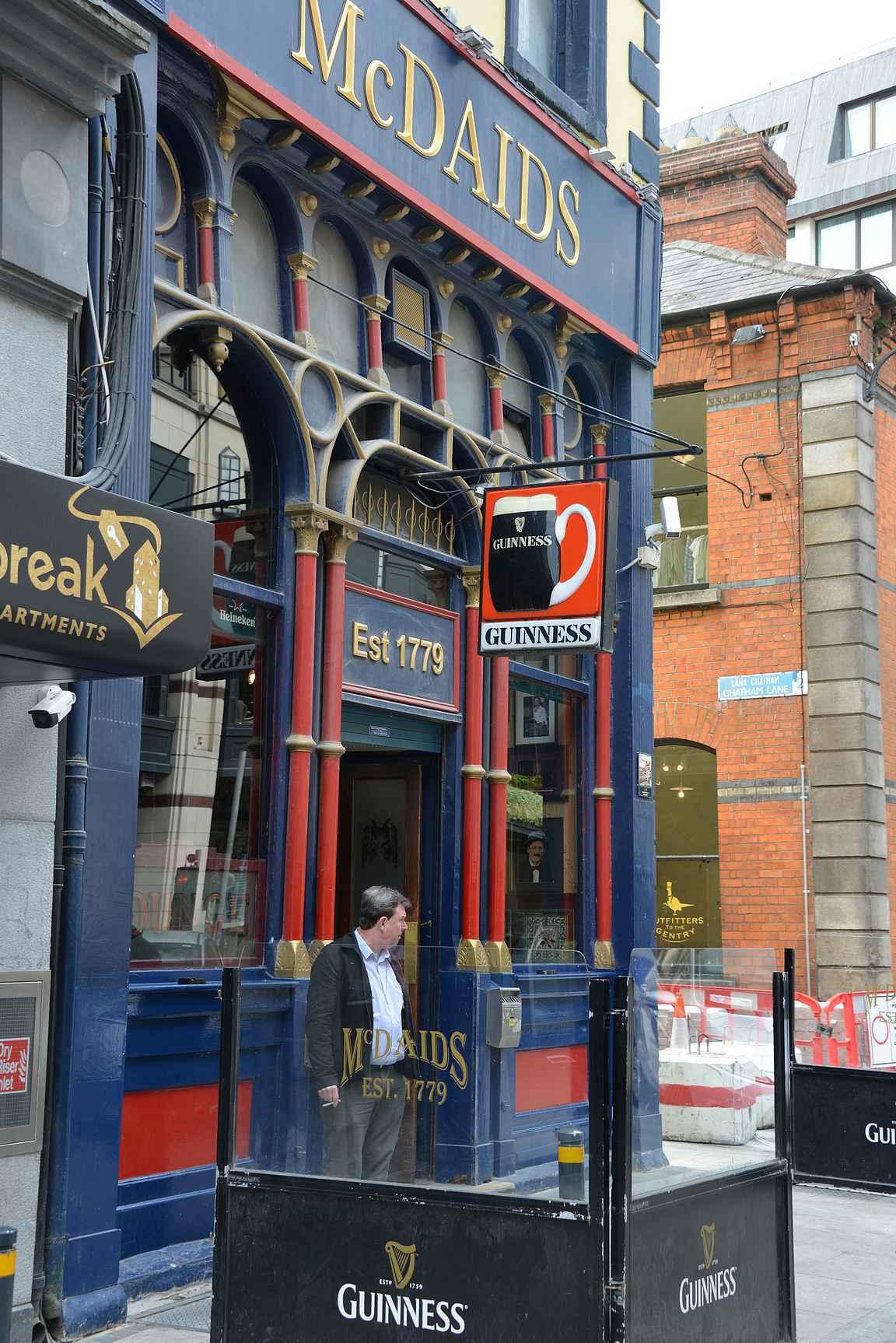 McDaids - oiva paikka Guinnessille mihin vuorokauden aikaan tahansa.