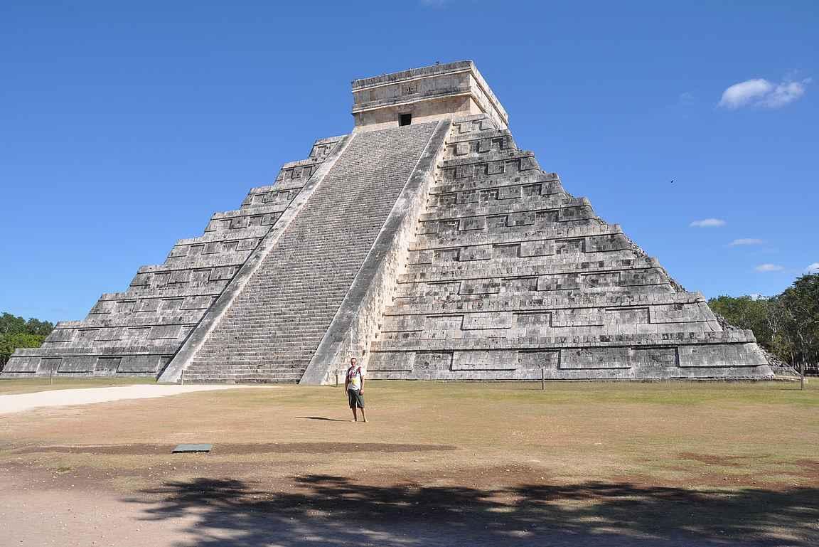 Chichén Itzán retkeen saa varata koko päivän ja valokuvaamiseen ilman muita turisteja toisen.