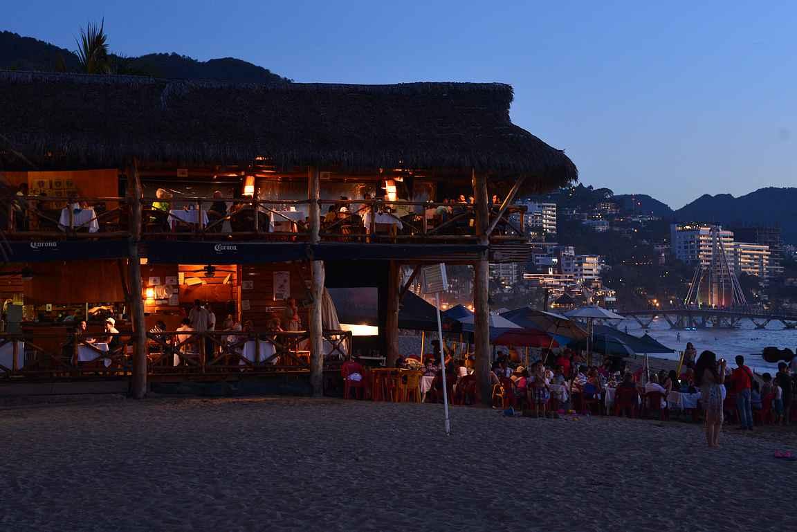 La Langosta Loca on täynnä illasta toiseen.