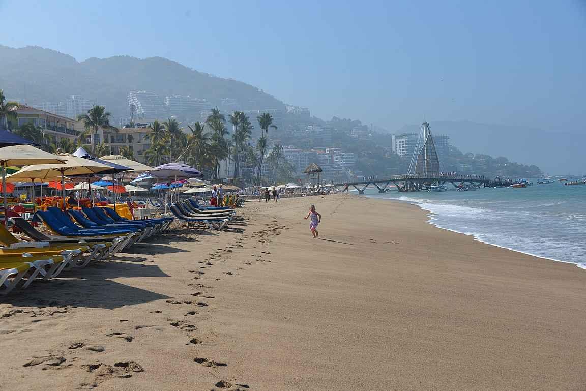 Malecónin eteläosan ranta ja rantaravintolat ovat käytössä ympäri vuorokauden niin lomalaisten...