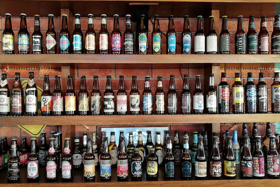 Marinan alueelta löytyy paljon loistavia ravintoloita ja olutbaareja.