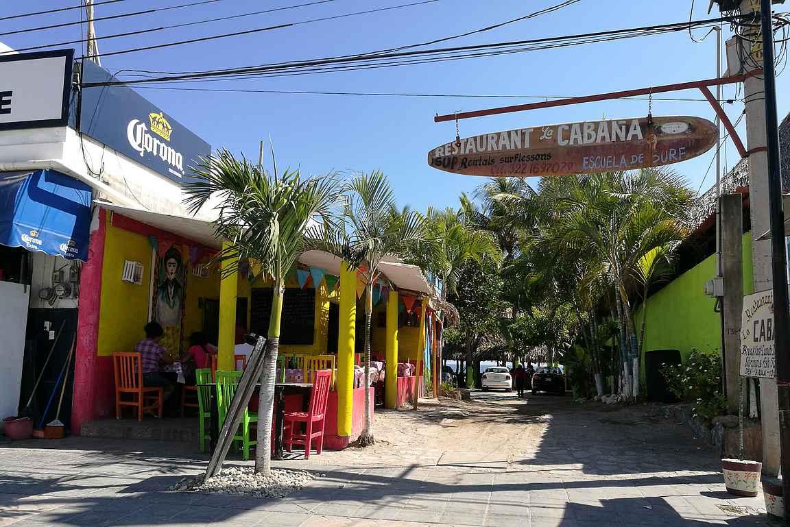 Punta de Mita on helposti katsottavissa Sayulitan kanssa samalla päiväretkellä.
