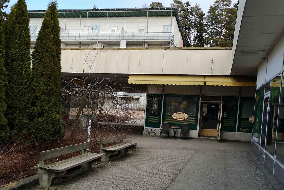 Olutravintola Pikkulintu jatkaa toimintaansa Suomen parhaimpiin kuuluvina lähiöolutravintoloina niin kauan kuin kiinteistö on pystyssä.
