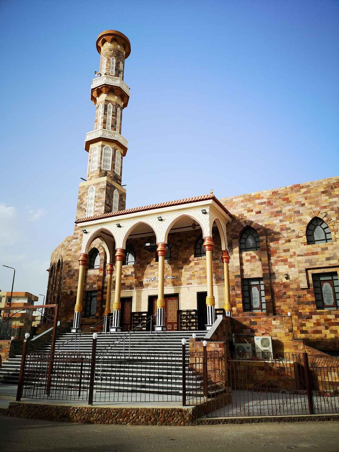 Uskonnolla on luonnollisesti Egyptissä huomattavasti isompi rooli kuin Suomessa.