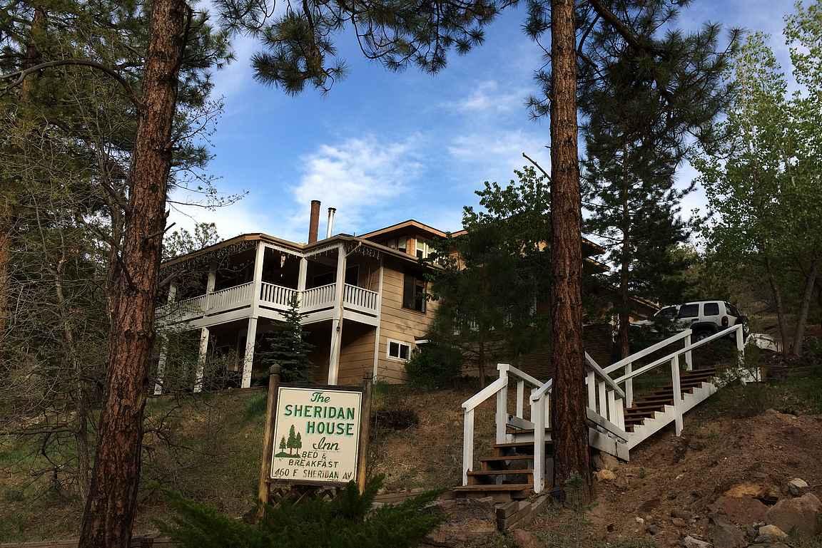 Sheridan House Inn - tukikohta Grand Canyonin tutustumiseen.