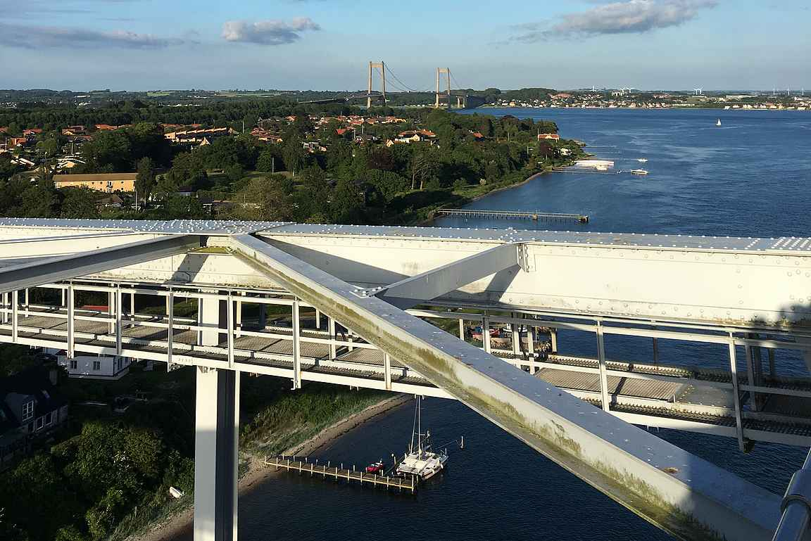 Uusi silta