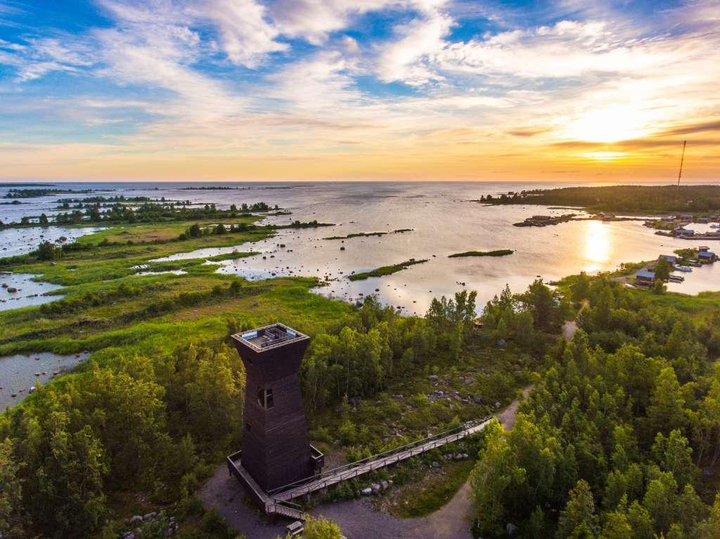 Saltkaretin näkötorni ja Unescon maailmanperintöalue. Copyright Kimmo Makkonen & Visitvaasa.fi