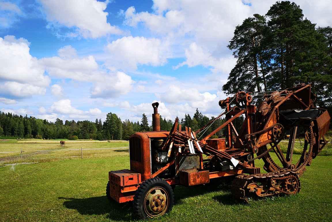 Elonkierrossa on niin vanhoja maatalouskoneita kuin eläimiä.