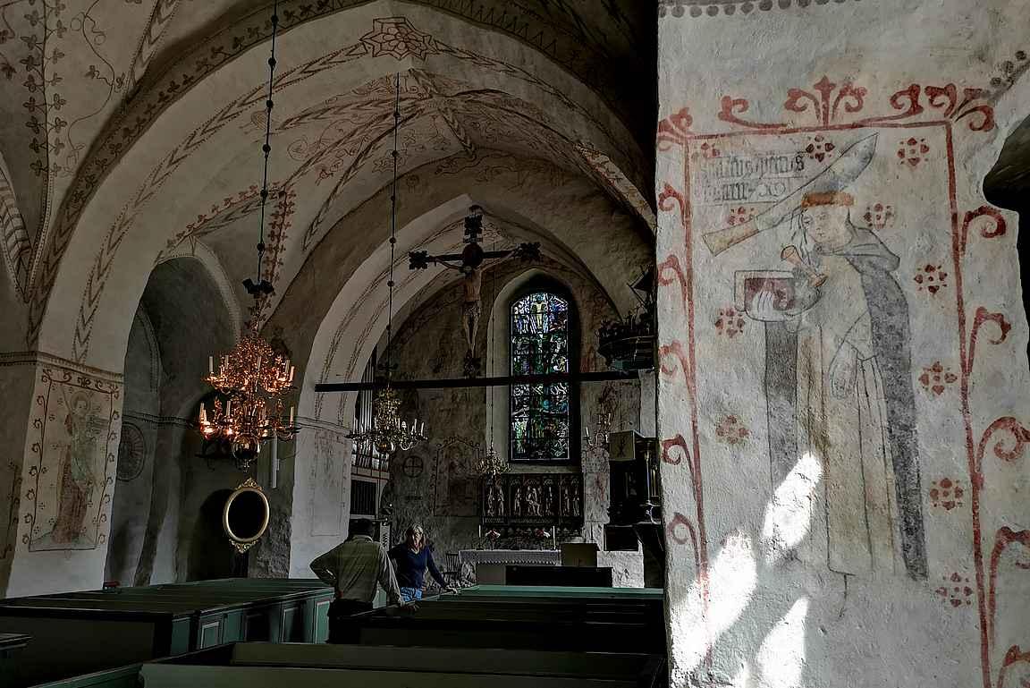 Finströmin kirkko on täynnä upeita yksityiskohtia.
