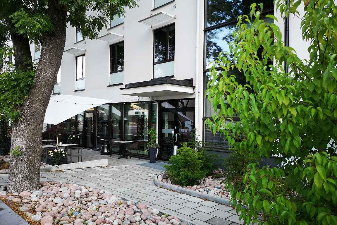 Hotelli Pommern ja Kvarter5 on erinomainen yhdistelmä Maarianhaminan majoituspaikkoja miettiessä.