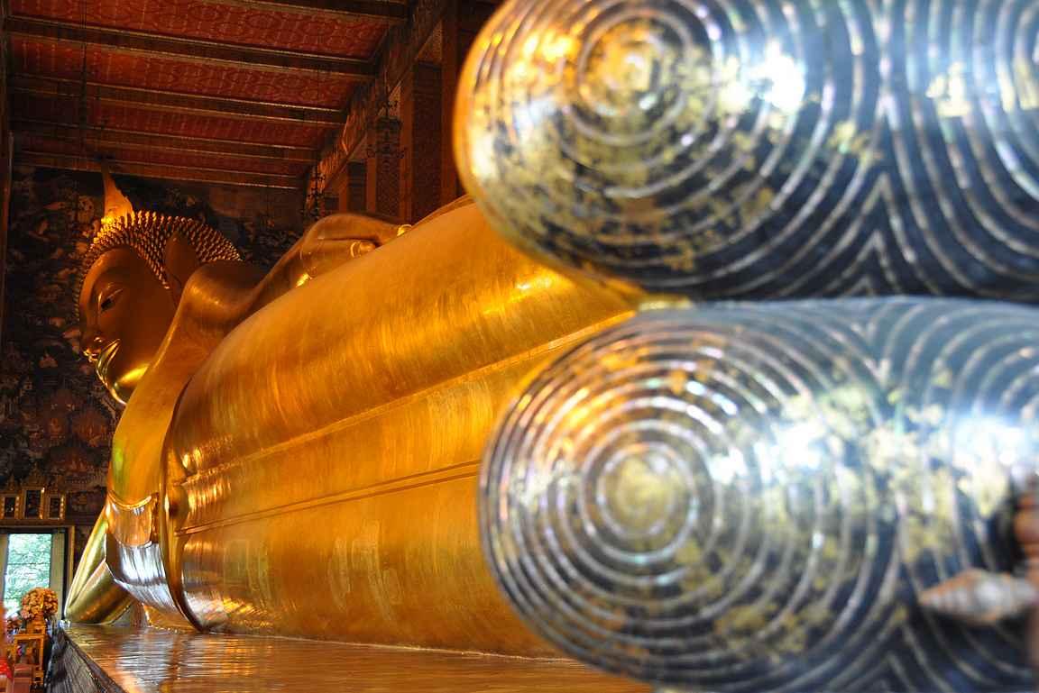Wat Pho eli makaava buddha.