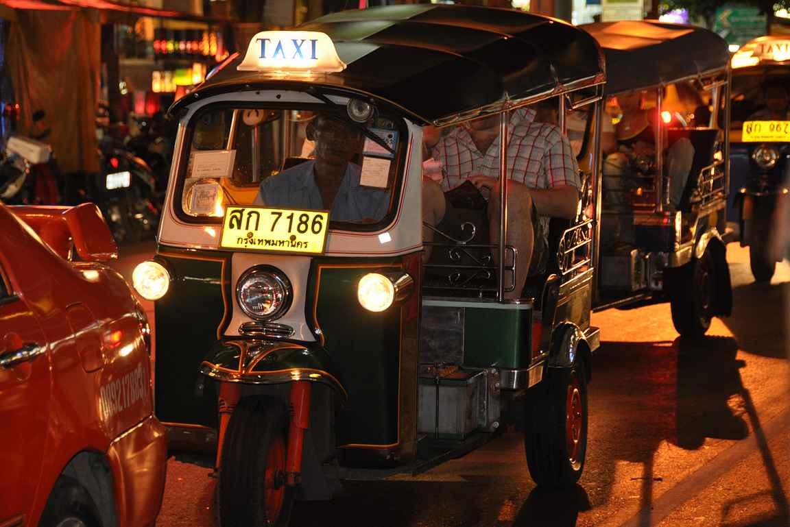 Bangkok ei jätä ketään kylmäksi - tekemistä Bangkokissa riittää 24/7.