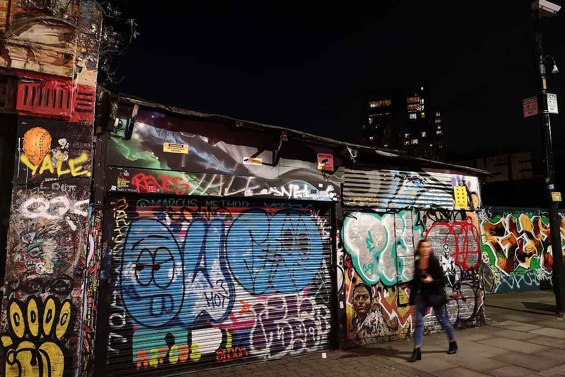 Shoreditch on täynnä mielenkiintoisia graffiitteja.