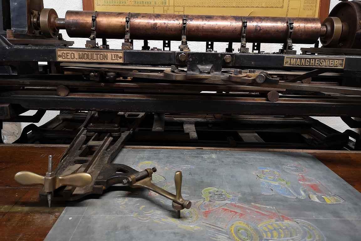 Ehtootorilla pääsi tutustumaan myös vanhoihin koneisiin.