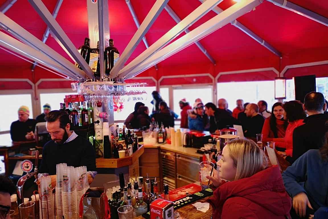 Umberella Bar on Cervinian viihdyttävin alabaari.