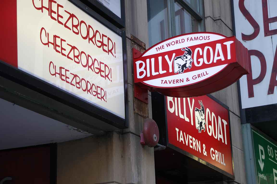 Billy Goat on Chicagon klassisia burgeripaikkoja.