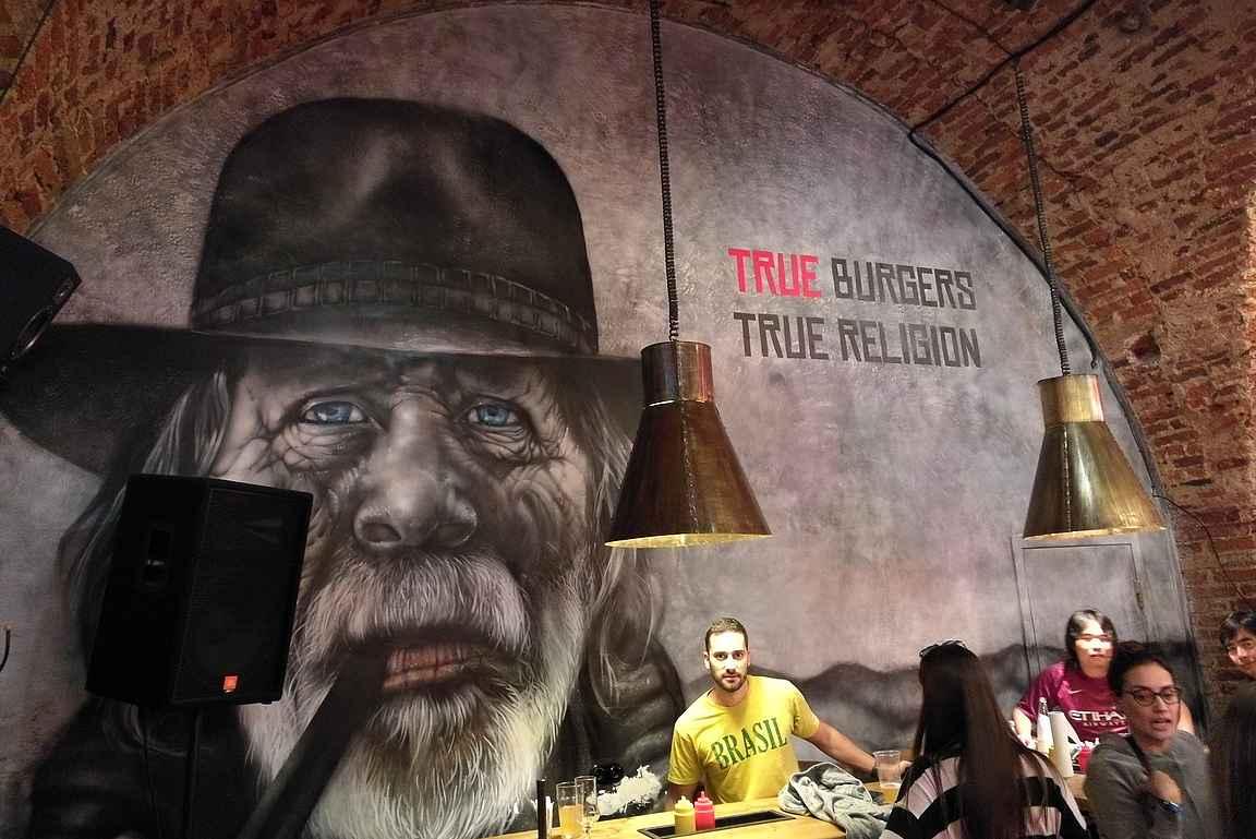 True Burgers Myasorubka on sisustukseltaan varsin viehättävä...