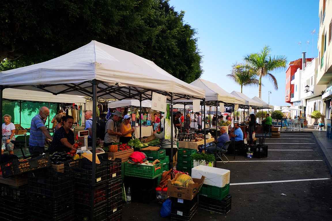 Maanantain markkinat saavat Alcalan uinuvan kylän eloon.