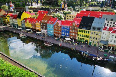 Nähdäkkö Nyhavn Kööpenhaminassa myös livenä vai ei? Matkareitin suunnittelussa joutuu rajaamaan kohteet tarkkaan, että aikataulu pitää kutinsa.