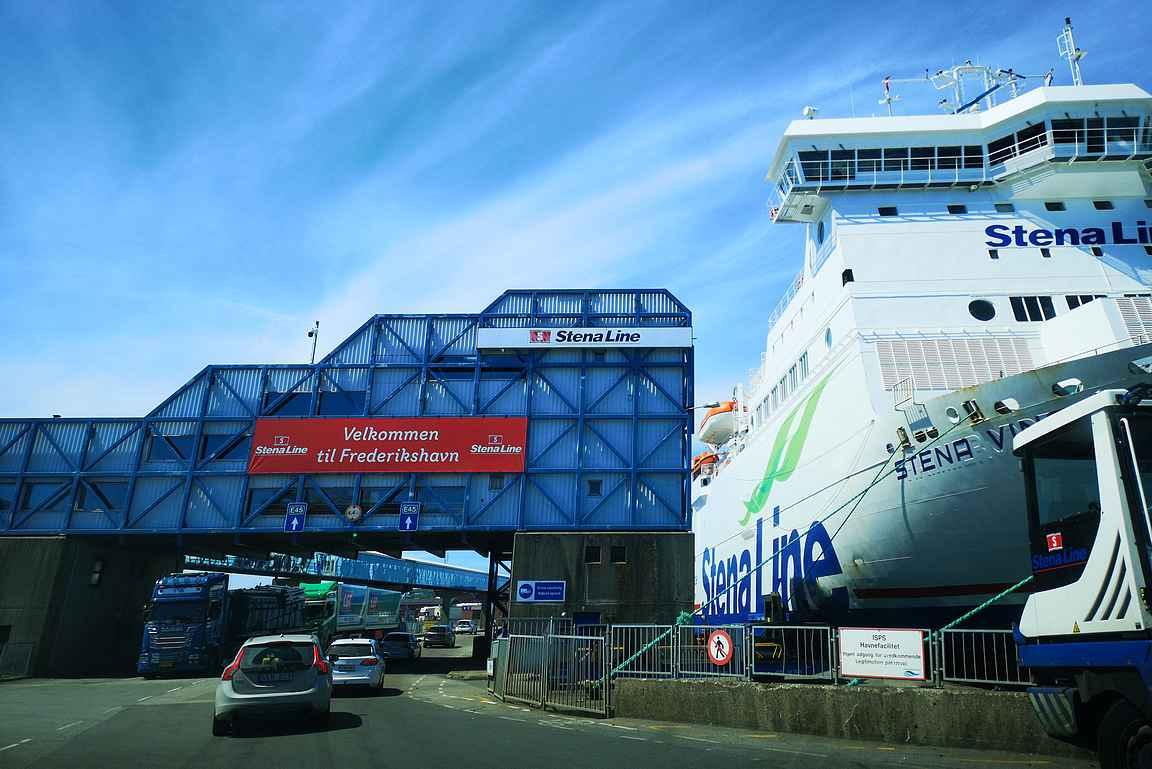 Göteborgista Frederikshavniin siirryttiin Stena Linella, jolloin pääsi suoraan Jyllannin pohjoisosaan.