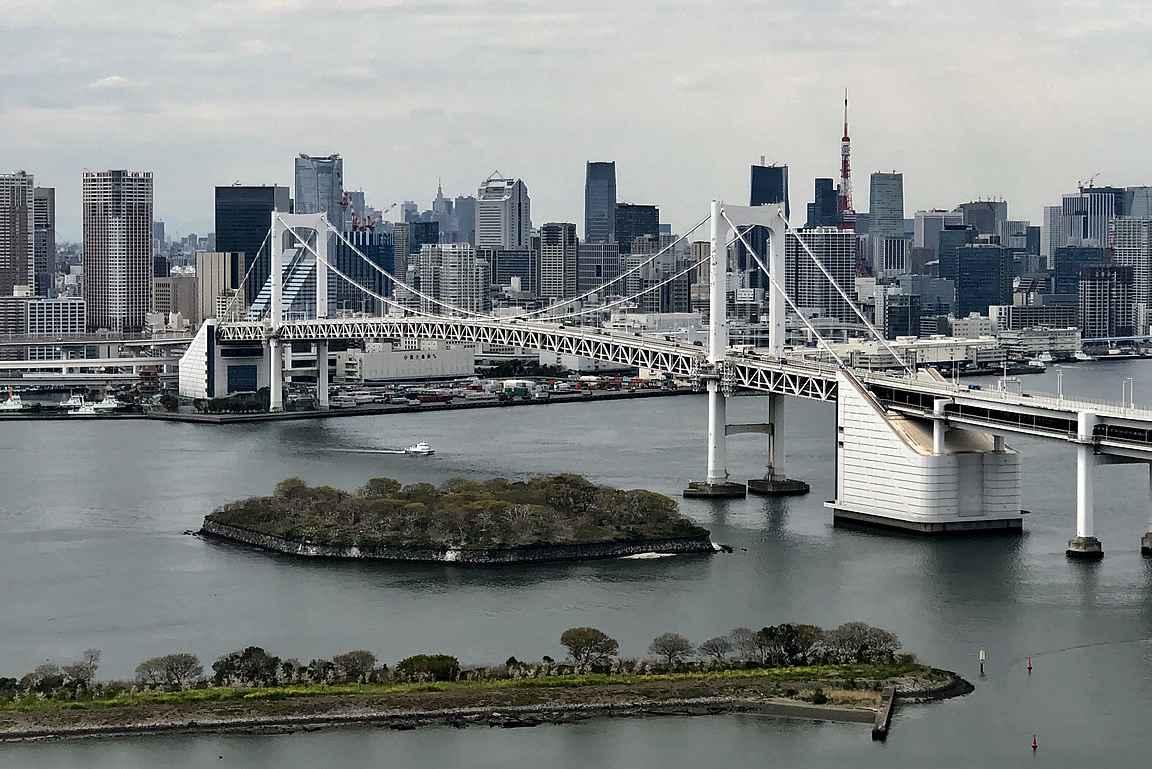 """Odaibasta on hienot maisemat Tokion """"keskustan"""" suuntaan."""