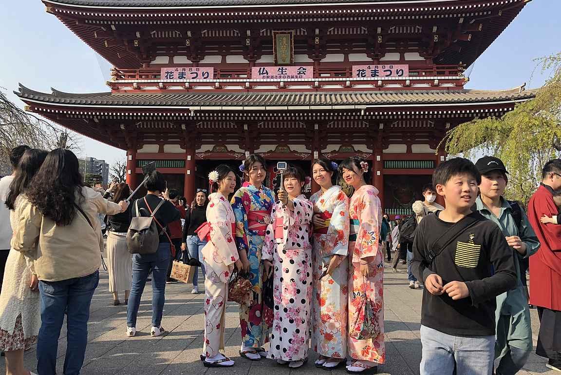 Senso-Ji temppeli on suosittu kuvauspaikka.
