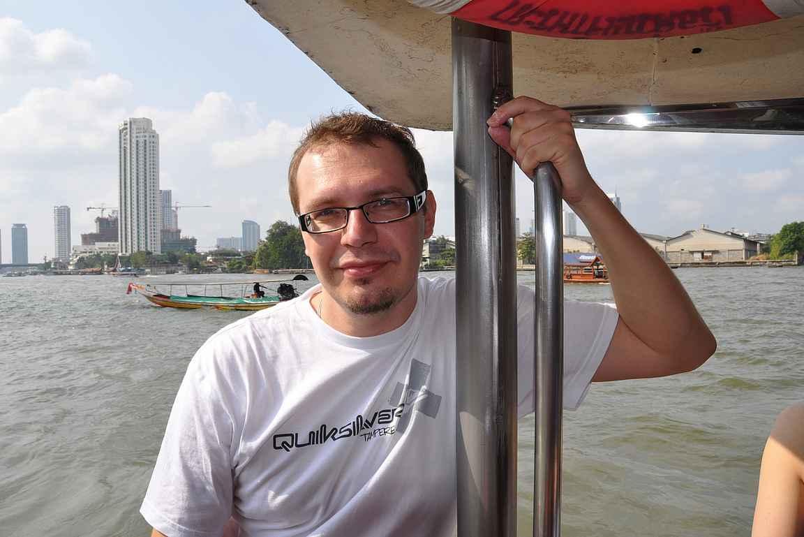 Chao Phraya -joella Bangkokissa - 2009.