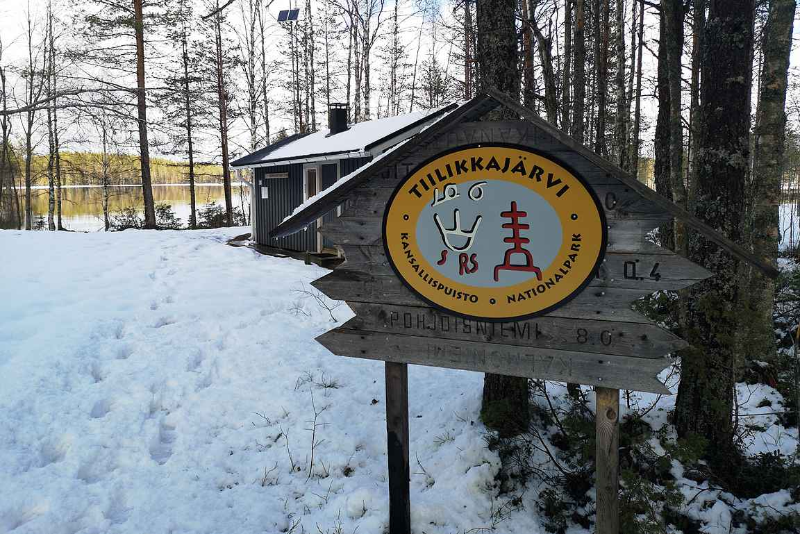 Perillä Tiilikkajärvellä odotti lumiset maisemat.