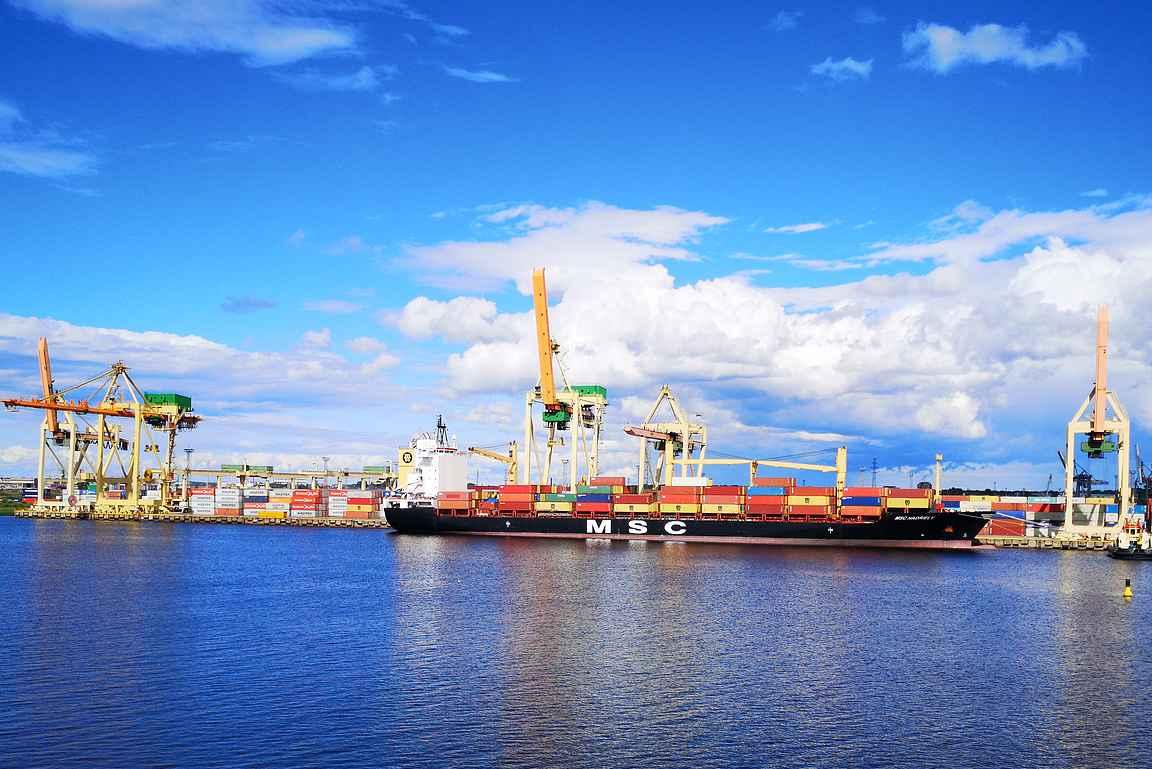 Viimeisen tunnin verran sai ihmetellä Väinäjoen eri teollisuuslaitoksia.