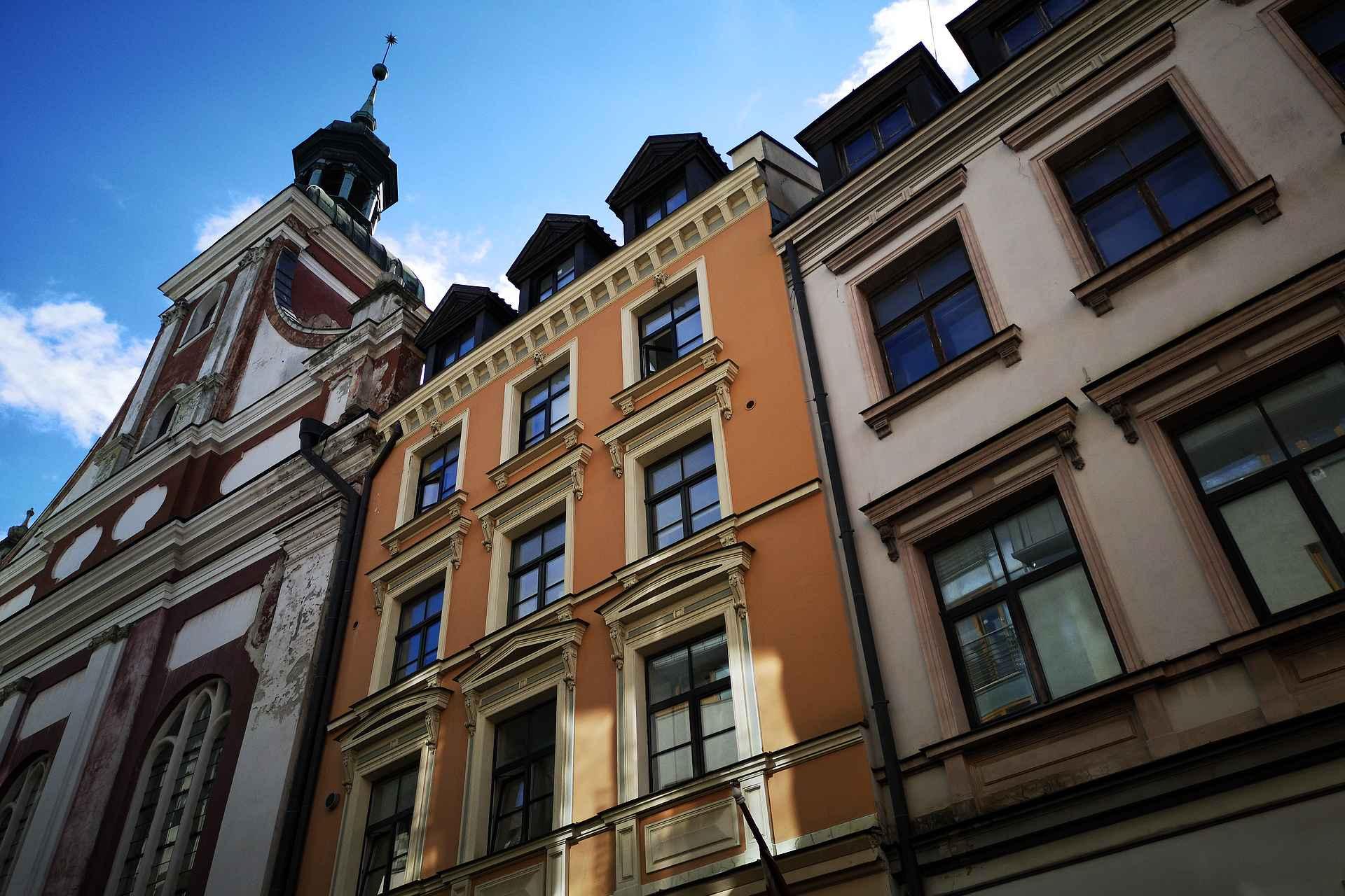 Vanhakaupungin arkkitehtuuri on varsin upeaa katseltavaa.