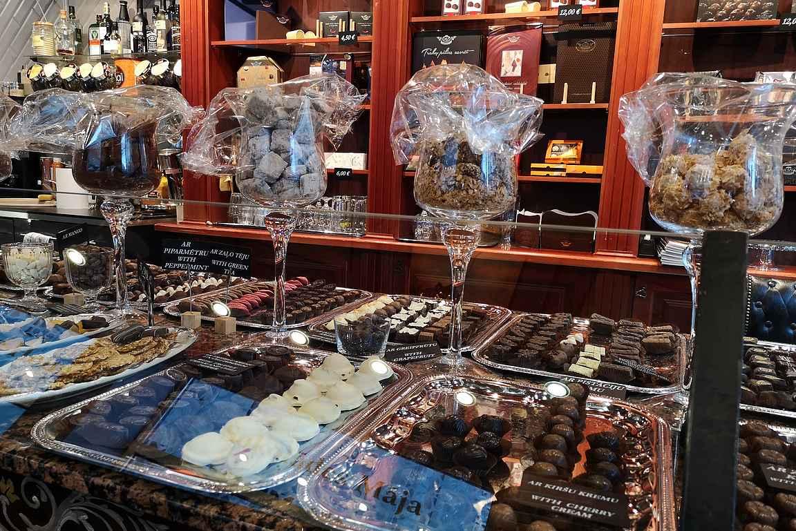 Šokolādes māja on suklaan ystävän keidas vanhassakaupungissa.