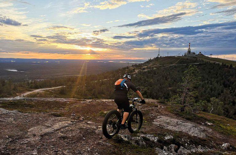 Maastopyöräily Kuusamossa