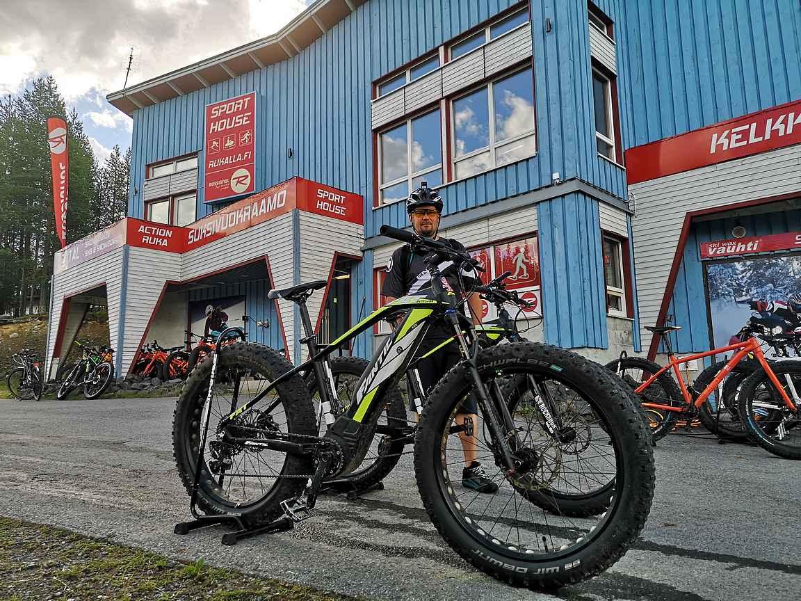 Sport House Ruka vuokraa eri tarkoituksiin sopivat maastopyörät aivan Rukatunturin juurelta.