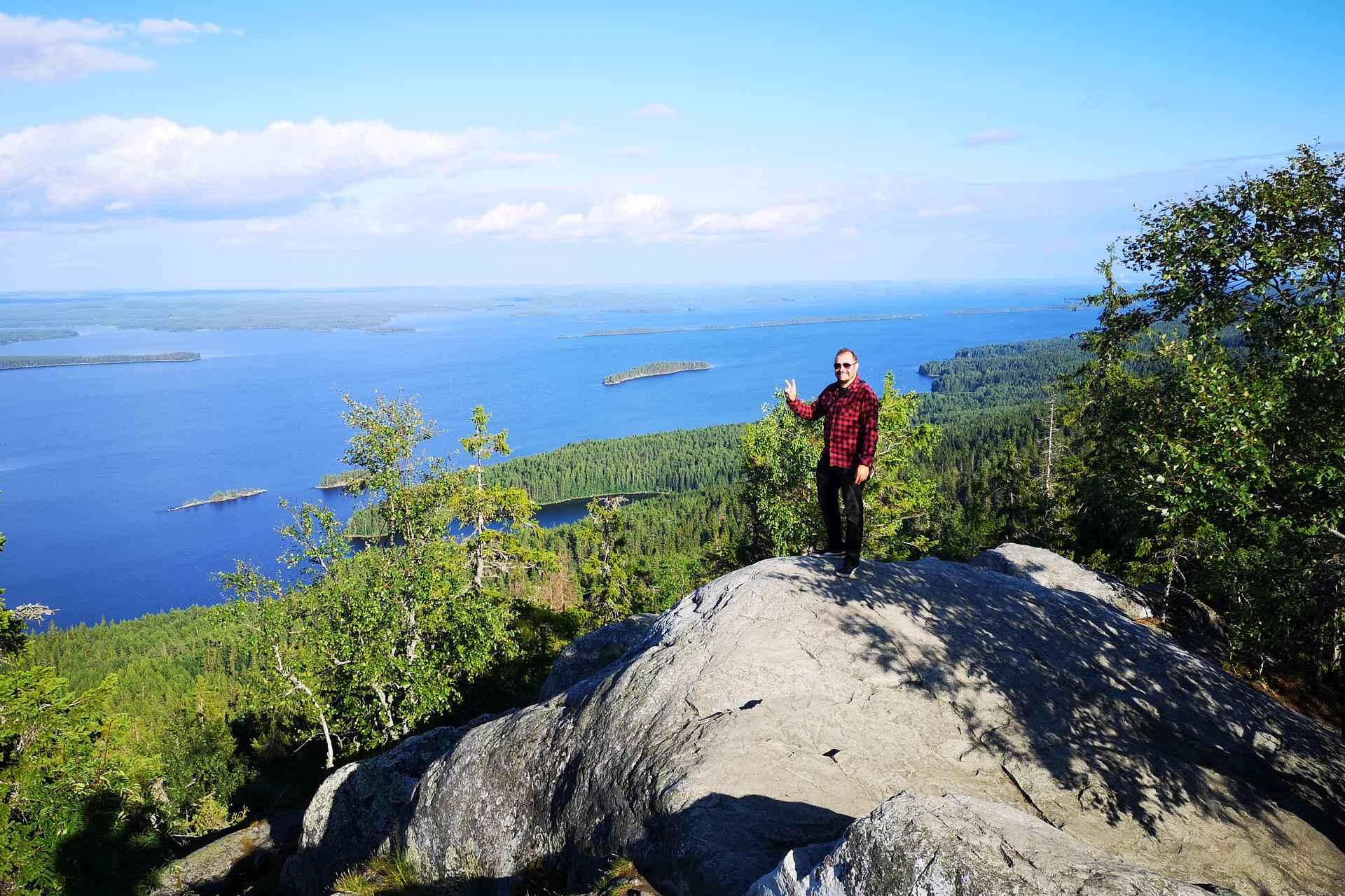 Kolin kansallispuisto - Suomen kansallismaisemassa Ukko-Kolilla