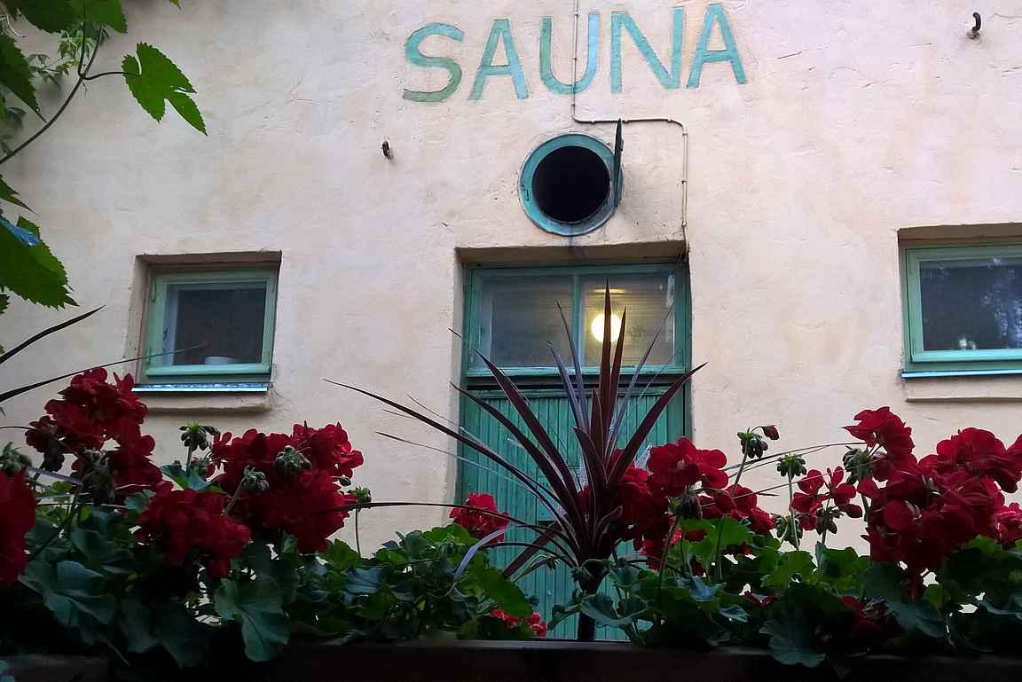 Rajaportin sauna on Suomen paras sauna.