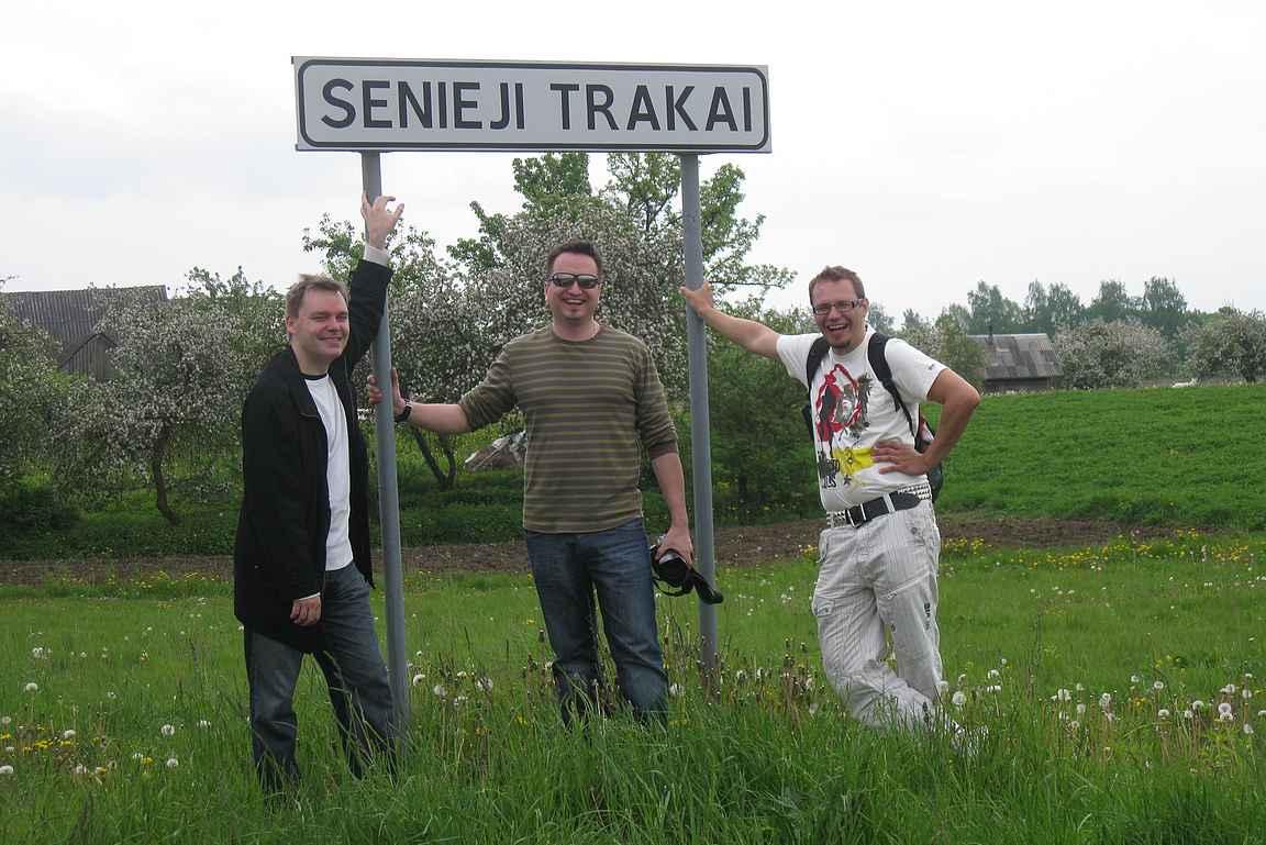 Vanhojen työkavereiden kanssa jossakin päin Itä-Eurooppaa.
