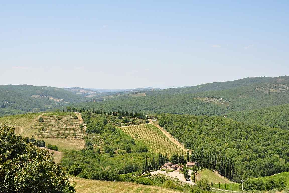 Piemonten maisemat houkuttelevat road tripille.