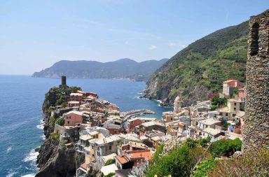 Italian viinitilat ja Italian viinialueet by Kohteena maailma