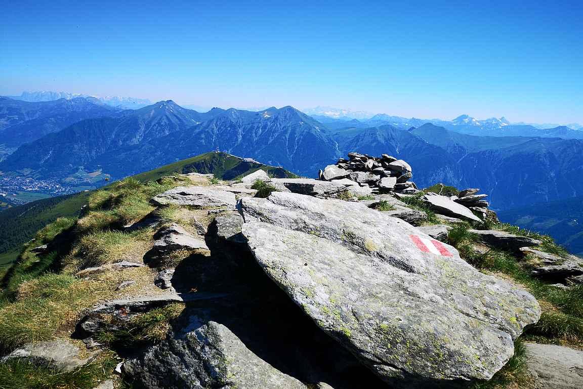 Zitteraeur Tisch 2463 m