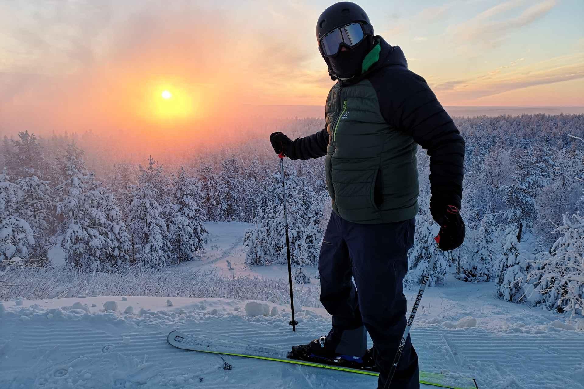 Tammikuussa kohokohtana oli 3 h laskettelulipulla se, että näki sekä auringonnousun että auringonlaskun samalla lipulla Tottorakan huipulta!