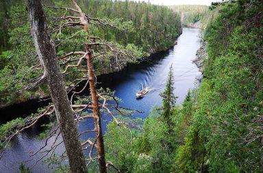 Hossan kansallispuisto ja Julma-Ölkyn ylitys ovat Suomen kauneimpia patikointireittejä.