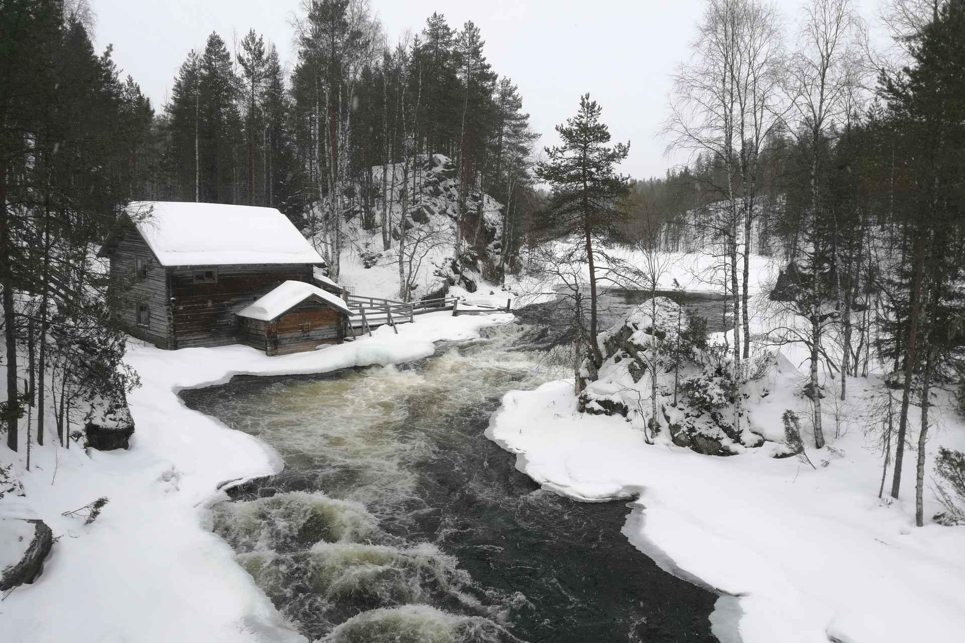 Myllykoski on yksi Suomen kuvatuimpia talvimaisemia.