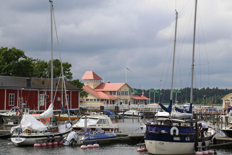 Tammisaaren viehättävä satama-alue by Walleni.us