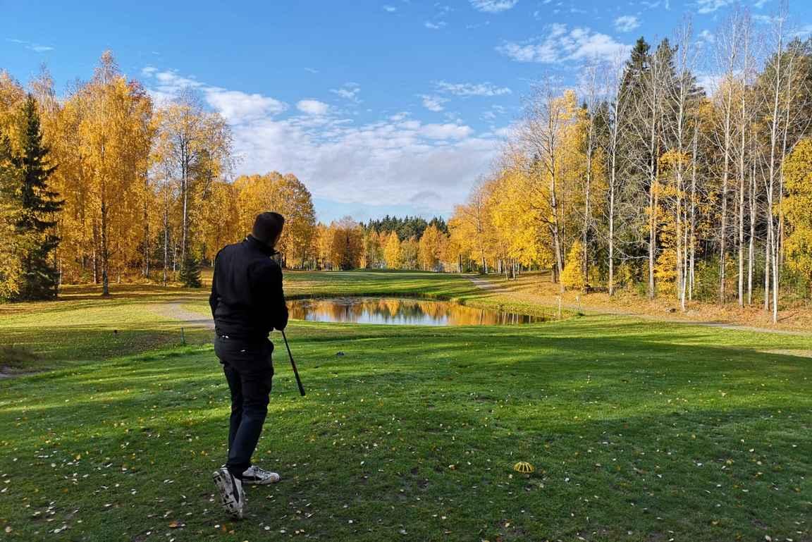 Eniten kierroksia on elämän aikana tullut pelattua kuitenkin Hakun kanssa Tampereen alueella.