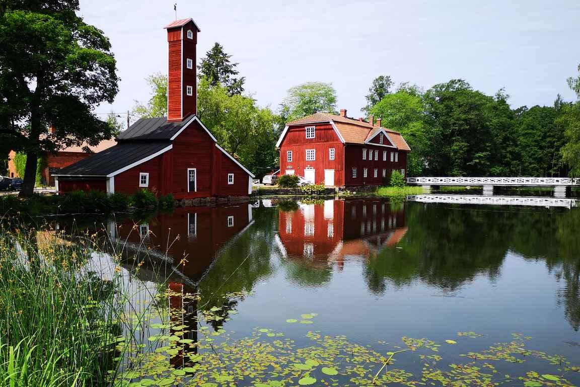 Strömforsin ruukki - yksi Suomen kauneimpia ruukkikyliä.
